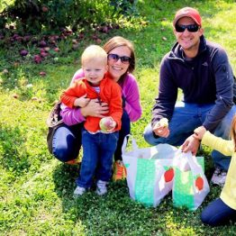 This precious family is Making Memories at Monroe's Orchard!